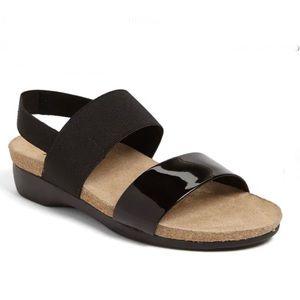 Munro Pisces Slide Sandal Black